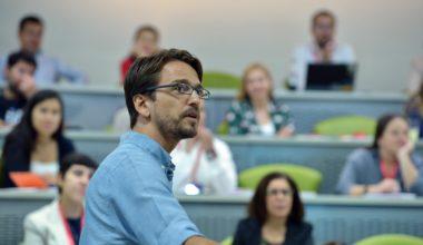 """Profesor Luciano Castellucci: """"De nada sirve suplir el déficit de un producto con comunicación"""""""