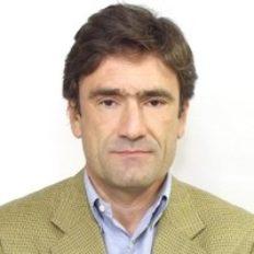 Christian Alvear Urrutia