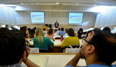Estudio «Zoom al Trabajo» fue presentado en la Escuela de Negocios UAI