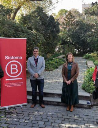 Escuela de Negocios UAI firma acuerdo de cooperación con Sistema B